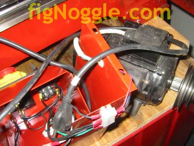 figNoggle_8x12Wiring how to remove the harbor freight 8\u2033x12\u2033 or lathemaster 8\u2033x14 harbor freight trailer wiring harness at bakdesigns.co
